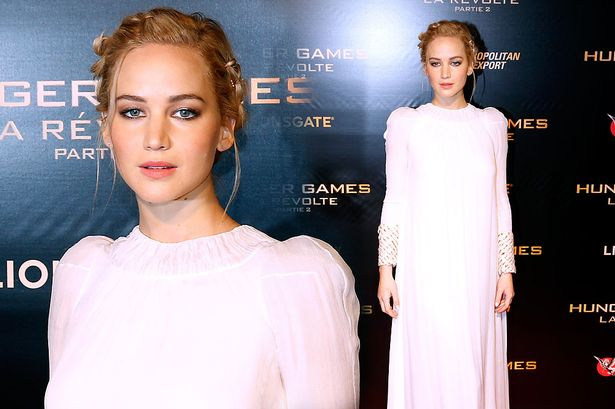 MAIN-Jennifer-Lawrence-attends-the-The-Hunger-Games-Mockingjay-Part-2-Paris-Premiere